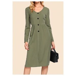 Dresses & Skirts - ➕ 50's style button front dress